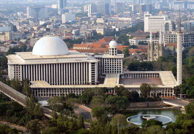 20100414_Istiqlal_Mosque